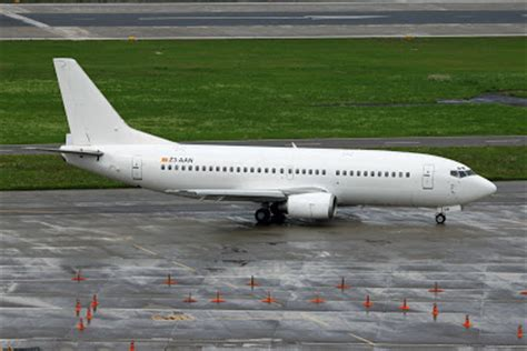 Planes and Trains - Planes 2010: Z3-AAN / Boeing 737-382