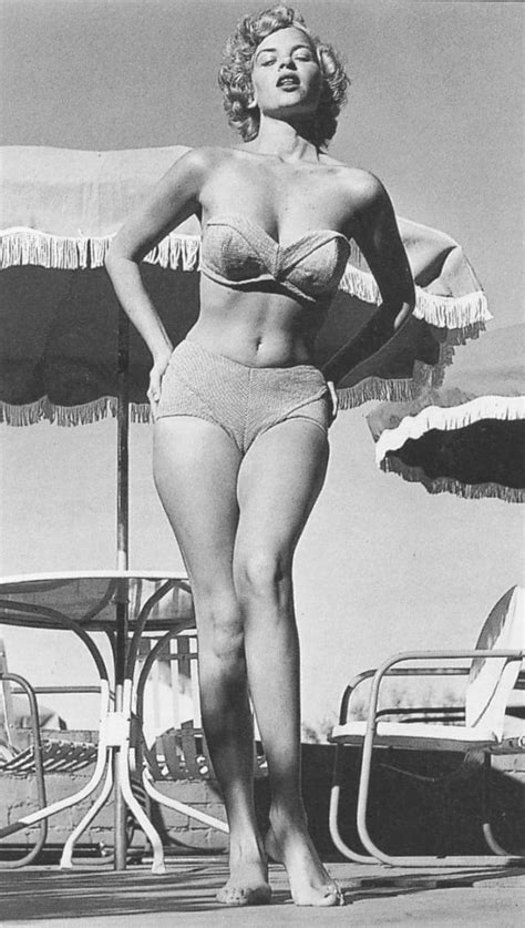 Eve Meyer: Classic Pin-Up Beauty With the Tragic Ending of