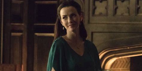 The Vampire Diaries: Who Is Damon & Stefan's Mother, Lily