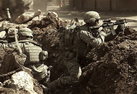 """The Iraq War and the Mythology of the """"Surge"""" 
